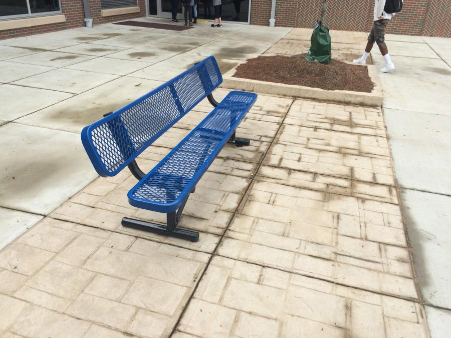New+benches+at+OHS